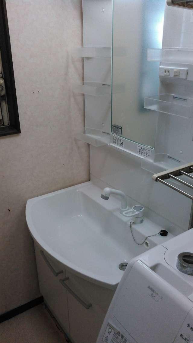 洗面化粧台「パナソニック エムライン 750幅タイプ シャワー水栓+1面鏡くもりシャット付」