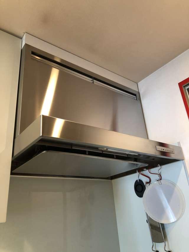 キッチンレンジフード換気扇交換です!