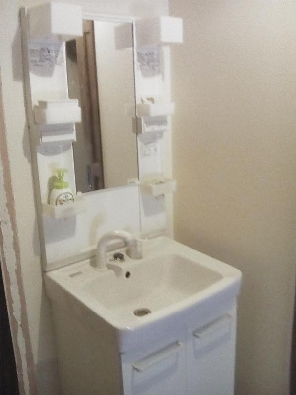 LIXIL(リクシル)オフトシリーズ1面鏡(ショートミラー)2枚扉洗髪シャワー水栓タイプへ交換