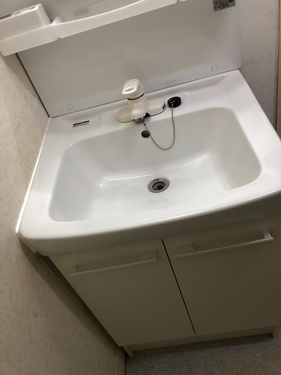 水 交換 台 洗面 栓